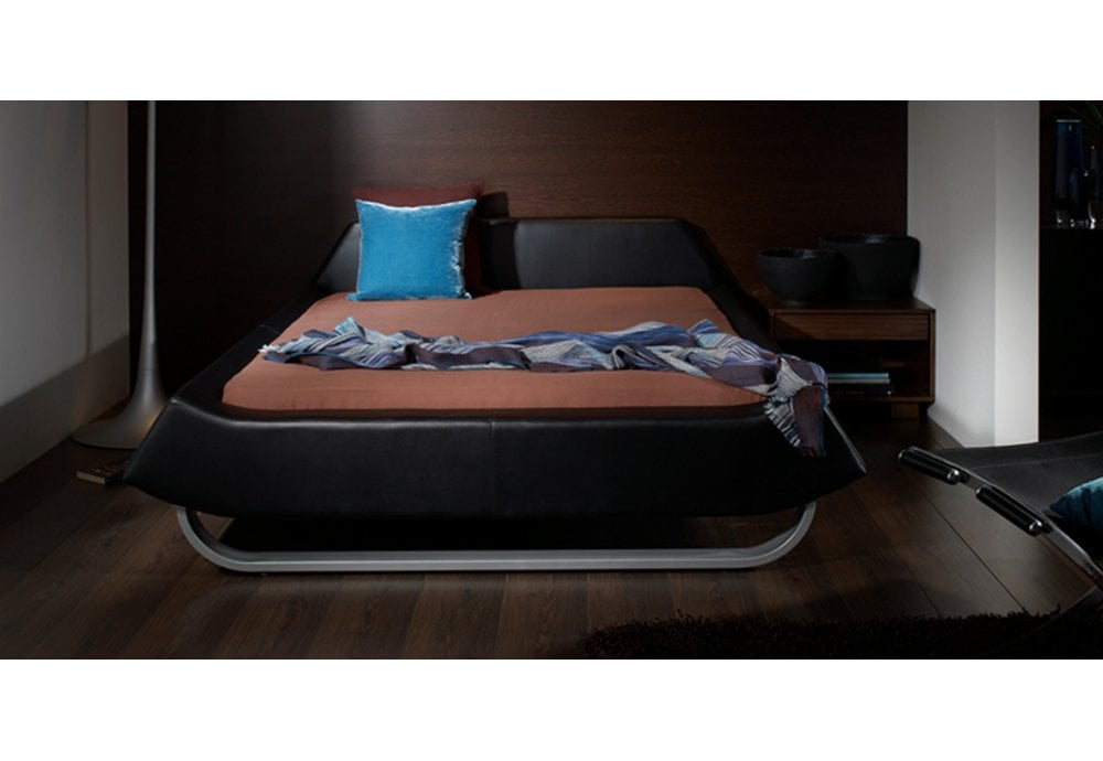 Europa Beds Retro 4ft6 135cm X, Ireland Queen Faux Leather Bed Black